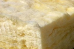 Стекловата как утеплитель: технические характеристики, свойства и область применения материала