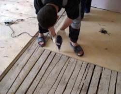Как положить ламинат на деревянный пол в хрущевке