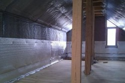 Фольгированный утеплитель для стен, потолка и пола: как укладывать и какой выбрать